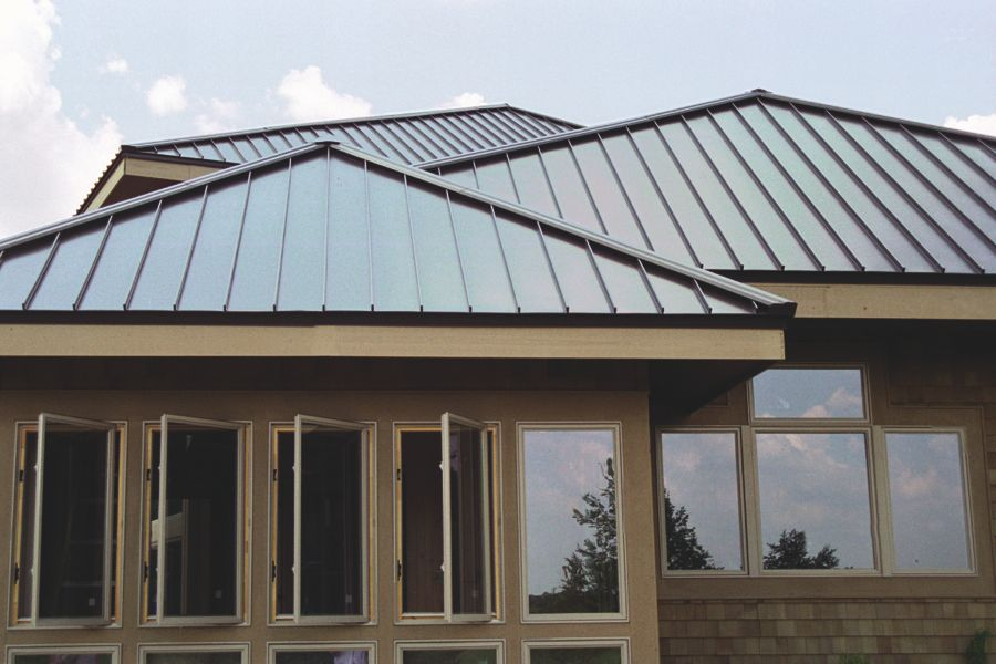 Traditional Metal Roofing Vertical Or Standing Seam Roofing